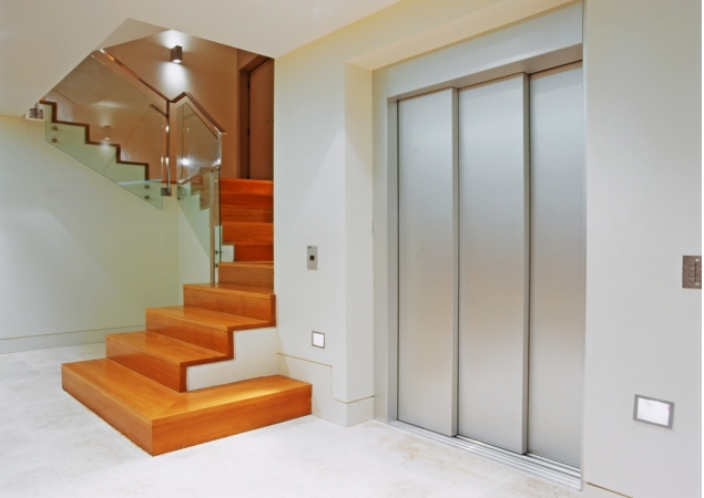 Home elevator union of elevators co llc Elevators for the home